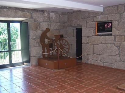 Centro de interpretación da Rribeira Sacra-2