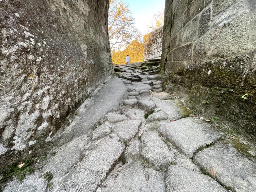 concello-de-esgos-mosteiro-de-san-pedro-de-rocas-11