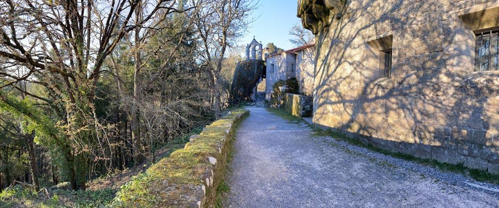 concello-de-esgos-mosteiro-de-san-pedro-de-rocas-5
