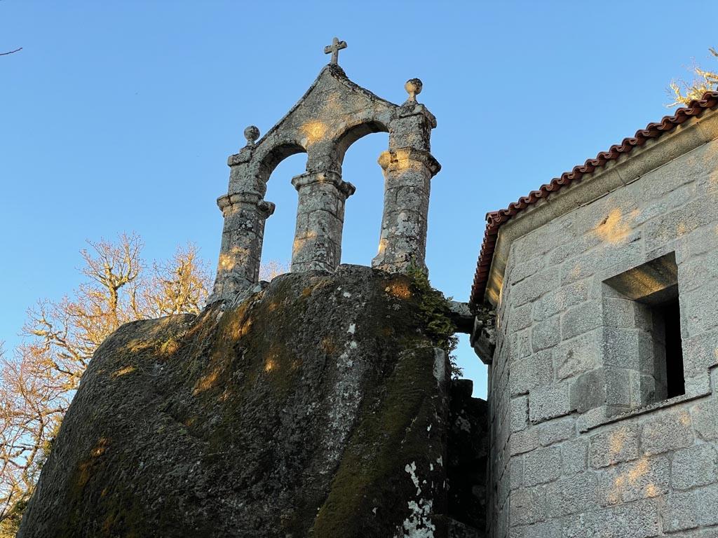 concello-de-esgos-mosteiro-de-san-pedro-de-rocas-9